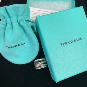 Tiffany & Co. 925 Retired sterling silver ring